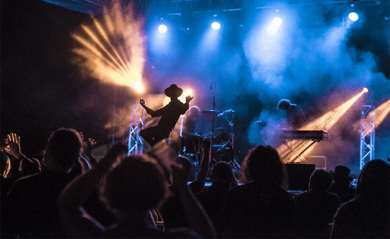 Tai-chi, workshopok és a világ egyetlen képregény black metal zenekara a Fekete Zajon