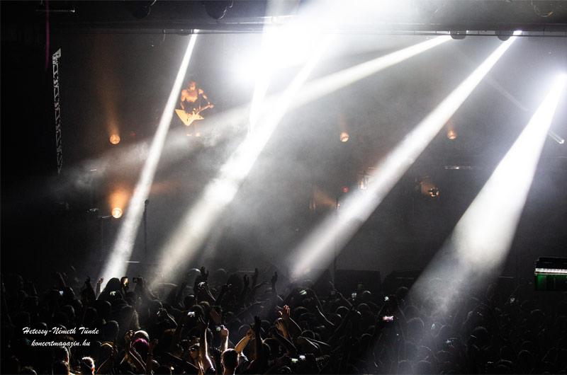 Rendkívüli jogrend ma éjféltől – Bezárják a szórakozóhelyeket, és kijárási korlátozás lesz éjfél és hajnal 5 között