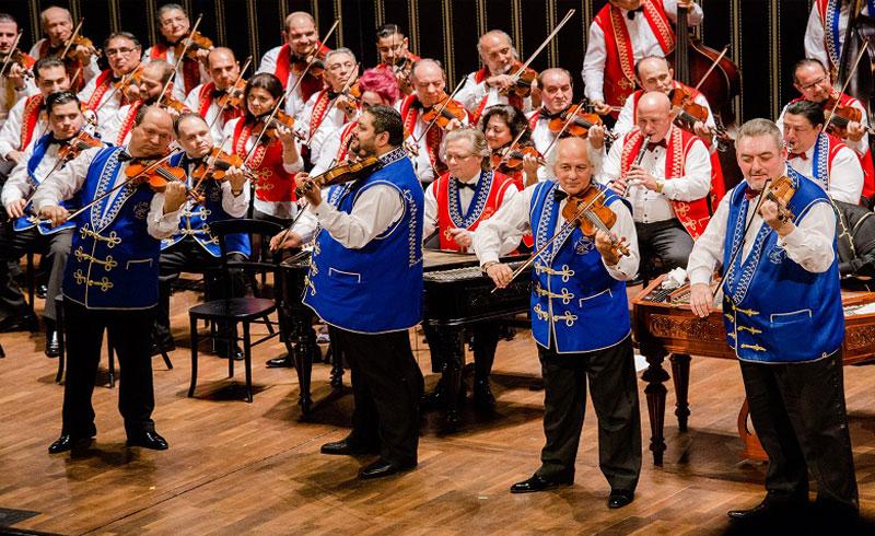 100 Tagú cigányzenekar 35 éves Jubileumi koncert – 2020. FEBRUÁR 09.,19:00 óra Papp László Budapest Sportaréna