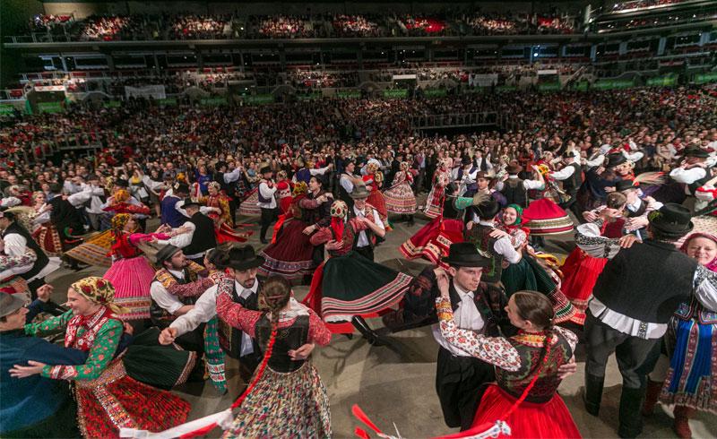 ELMARAD! – FOLKARÉNA – Országos Táncháztalálkozó és Kirakodóvásár – 2020. MÁRCIUS 22. Papp László Budapest Sportaréna