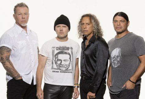 A Metallica All In My Hands Alapítványa 350 000 dollárral támogatja azokat a jótékonysági szervezeteket, akik segítséget nyújtanak a koronavírus-válság idején.