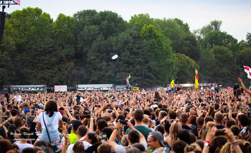 Augusztus közepéig csak védettségi igazolvánnyal lehet majd koncertre és fesztiválra menni